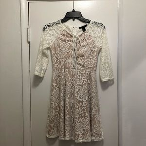 White Sleeve Lace Dress